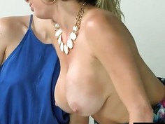 Cali Sparks and Veronica Avluv dyke out in the bedroom