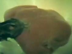 spy video of my stepmom in the bathtub