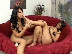 Kinky brunettes Eva Angelina & Lorena Sanchez give a solid blowjob